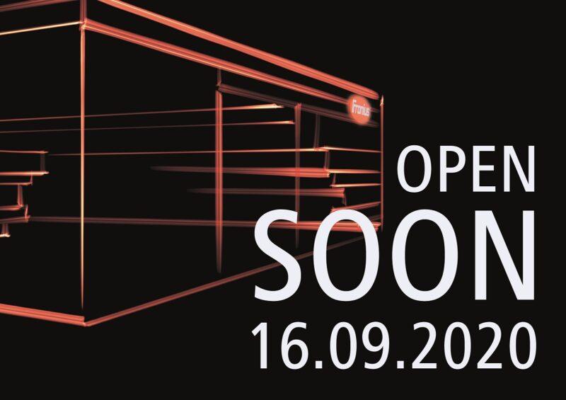 Virtuelle Solar-Messe von Fronius: zu sehen ist eine Grafik mit dem Schriftzug open soon.