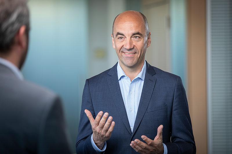 Portrait von Stefan Dohler, Vorstand der EWE AG