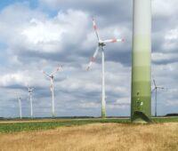 Zu sehen ist der 25-Megawatt-Windpark in Heinsberg, den Enova Value erworben hat.