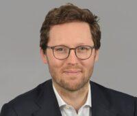 Zu sehen ist Schleswig-Holsteins Umweltminister Jan Philipp Albrecht, der das Klimaschutz-Förderprogramm in Schleswig-Holstein gestartet hat.
