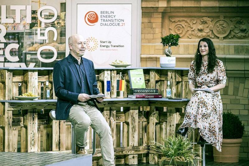 Dena-Chef Kuhlmann bei virtueller Preisverleihung