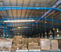 ZU sehen ist die halle des Verpackungsunternehmens, für das ecoligo das Photovoltaik-Crowdinvesting in Vietnam durchführt.