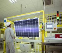 Teststation für Solarmodule bei Longi
