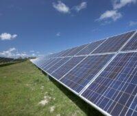 Photovoltaik-Freiflächenanlage: Die Beteiligung von Kommunen an Solarparks ist nun möglich