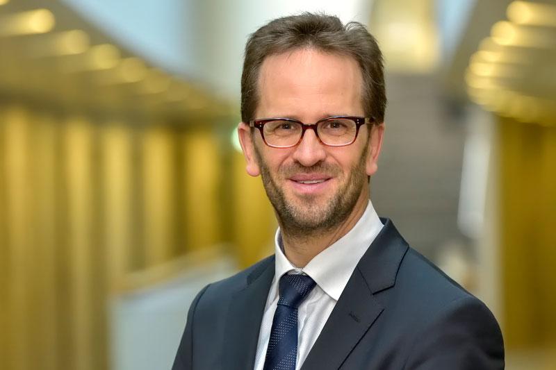 Portraitfoto von Klaus Müller, Budesvorsitzender der Verbraucherzentralen